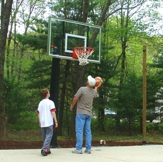 Basketball Barrier Nets; Outdoor #21 Medium-Impact and #42 High-Impact Netting; For Home, Basketball Courts and Arenas, Recreational Parks, Schools.